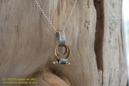 retro-necklace